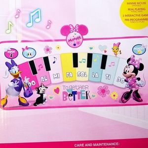 Minnie Mouse interaction piano